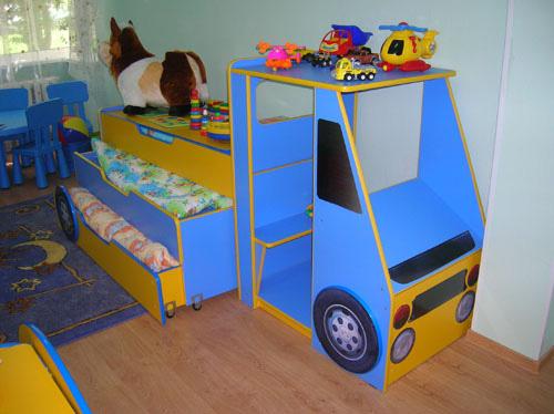 Трехъярусная кровать для детского сада